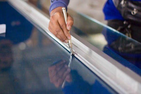 Tilskæring af glas